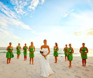 Bridal wedding party at Boardwalk Beach Resort